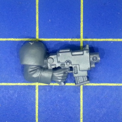Wh40k IG Cadian Command Squad Arm with Bolt Pistol