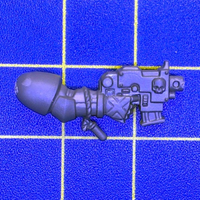 Wh40k BA Death Company Bolt Pistol Right C