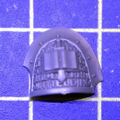 Wh40k GK Strike Squad Shoulder Pad B