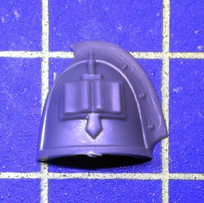 Wh40k GK Strike Squad Shoulder Pad G