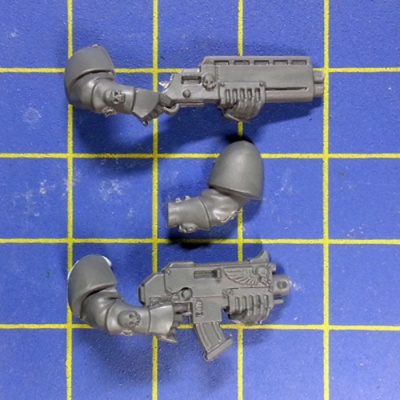 Wh40k SM Scouts Arm with BolterShotgun B