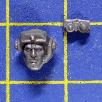 Wh40k SM Scouts with Sniper Rifles Head D