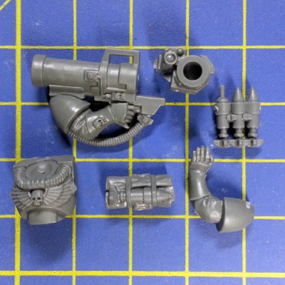 Wh40k SM Scouts with Sniper Rifles Missile Launcher