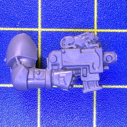 Wh40k SW Pack Bolt Pistol Right A