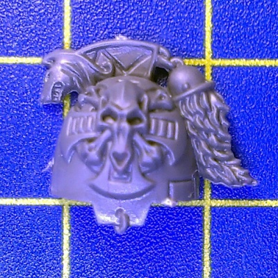 Wh40k SW Wolf Guard Terminators Shoulder Pad D